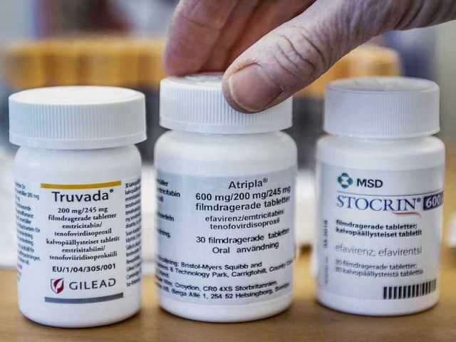 LA SSA anuncia que primer lote de antirretrovirales para personas con VIH ya está en México